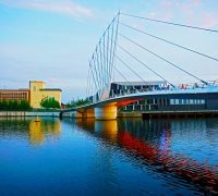 Image of bridge in manchester area on article best cities in uk for shopping