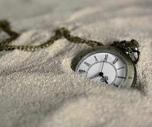 Image of a pocket watch on how to find out your uni flatmates